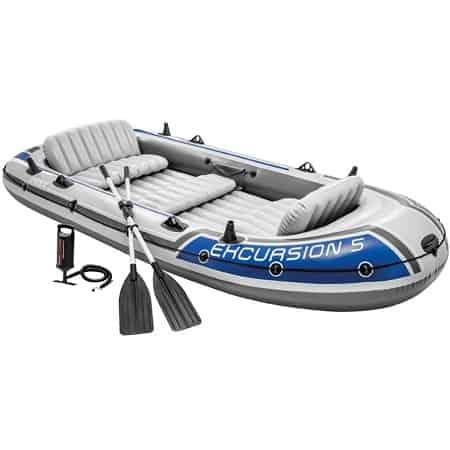 Barco insuflável para cinco pessoas com extras por apenas 117,91€
