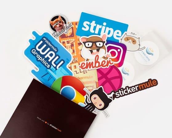 A Pechincha está de volta! 10 Stickers Personalizados só 0,89€